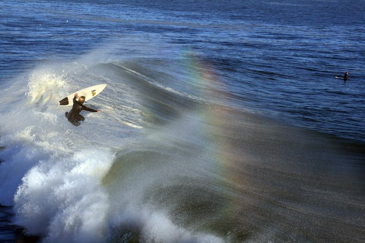 20091217 – Thursday - Santa Cruz Surfer and Surfer Bow