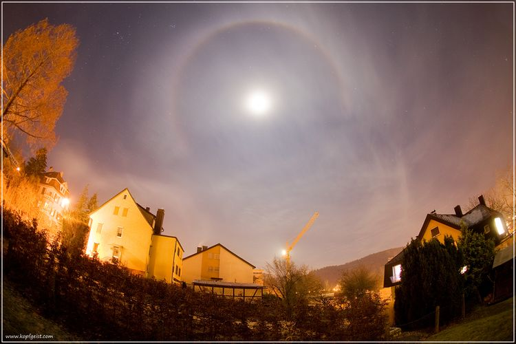 20100121 – Thursday - Lunar Halo Over Bad Mergentheim, Germany