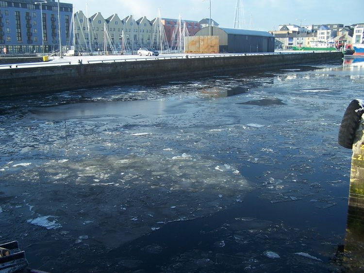 20100130 – Saturday - Ice on Galway Docks