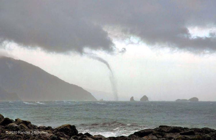 Waterspout-2445cSSb