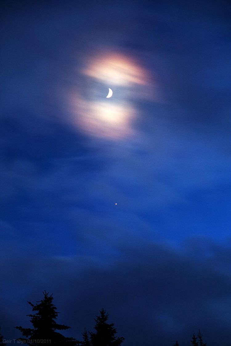 MoonCoronaJupiterConjunction