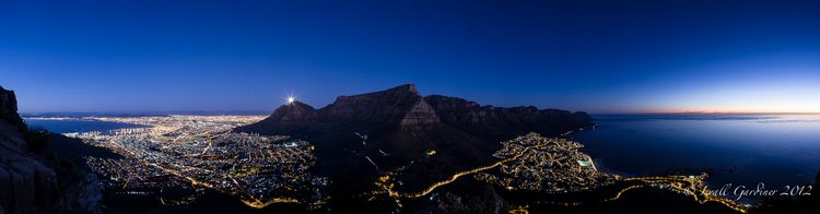 Devil's Peak Full Moon Rise (4)