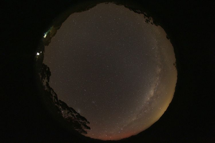 Aurora_and_Magellanic_Clouds (2)