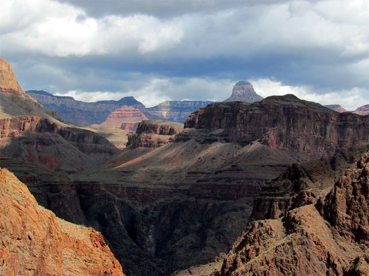 Hiking Down the Grand Canyon 2