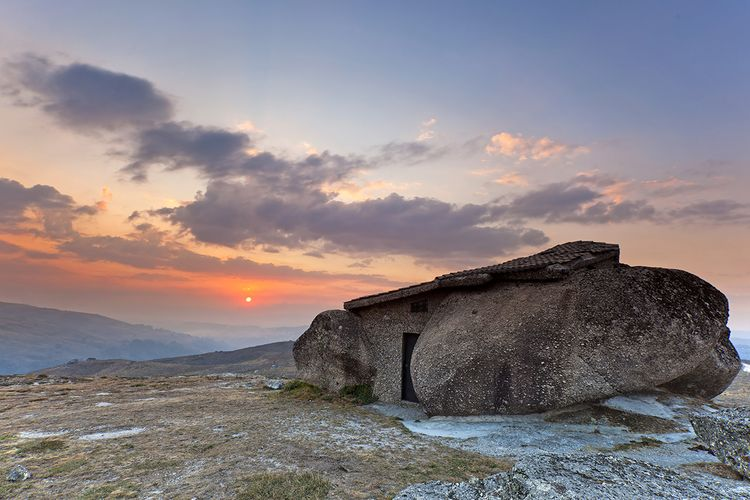 The_Flintstone_House_1200 (2)