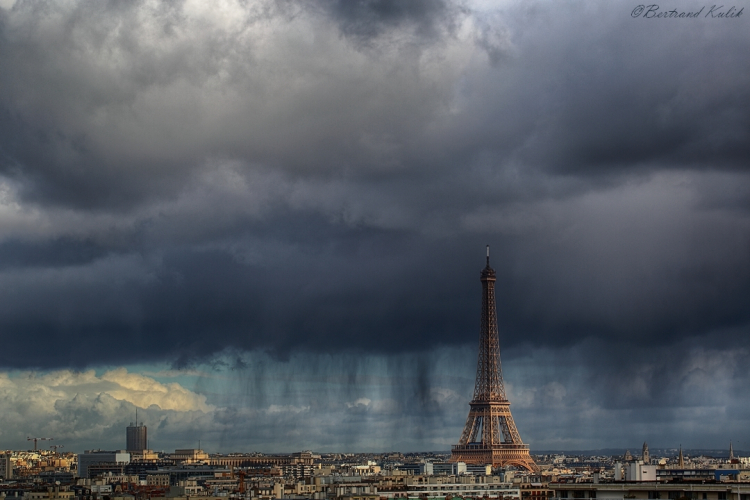 Paris_raincurtains